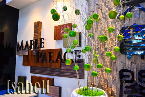 Maple palace restaurant garden wedding decoration in