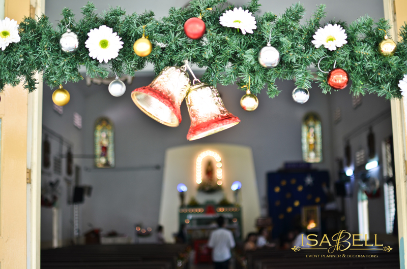 Decoration for church wedding 5 d cor ideas you 39 ll love for 12 days of christmas decoration theme