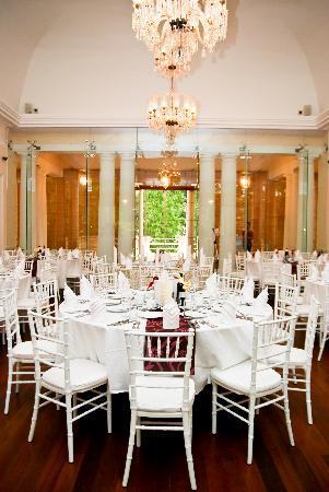 suffolk-house-ballroom